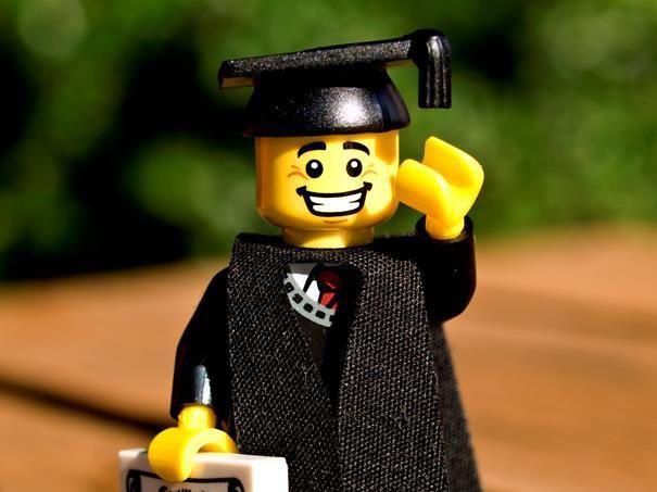 Devenez professeur de Lego pour 8000 euros par mois
