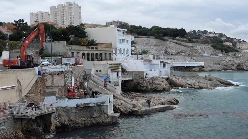 Fin novembre dernier à Marseille, des constructions sont détruites en application de la loi littoral.