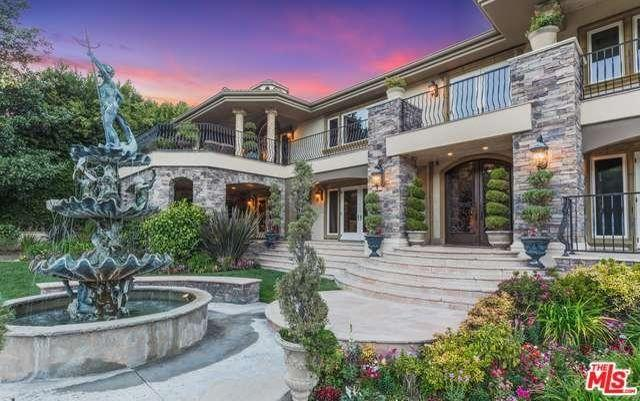 La vraie fausse villa des kardashian en vente pour 9 for Decoration maison kourtney kardashian