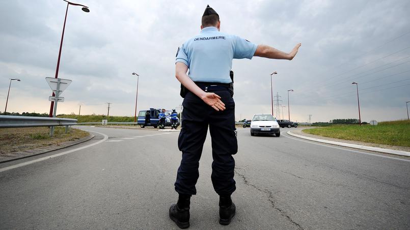 Les gendarmes d'Indre-et-Loire l'accompagnent au bac — Nouzilly