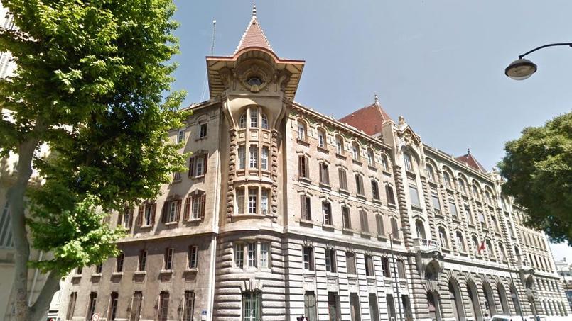 La caserne centrale des marins-pompiers, un bâtiment iconique de Marseille.