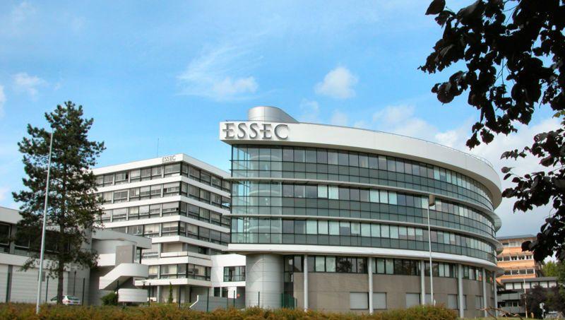 Des étudiants de l'Essec lancent une fausse alerte terroriste — Val-d'Oise
