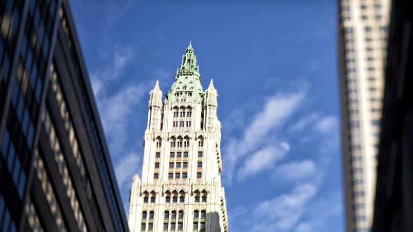 dans cette tour historique visitez l appartement le plus cher de new york. Black Bedroom Furniture Sets. Home Design Ideas
