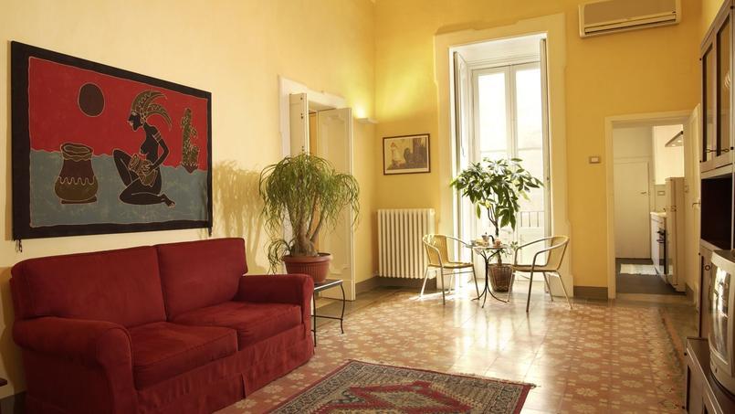 Dès le 1er octobre, les propriétaires qui louent leur logement sur Airbnb devront se déclarer à la mairie