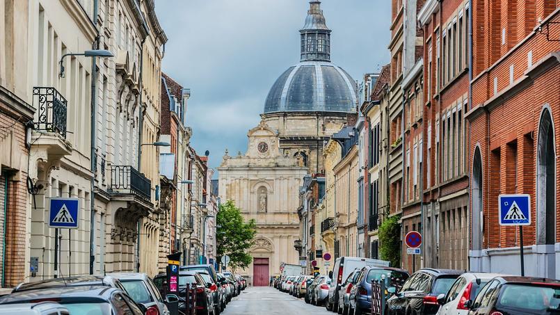 Lille est «reconnue comme la troisième ville la plus chère de France», selon la maire PS de Lille Martine Aubry