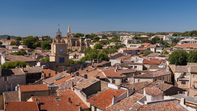 À Salon-de-Provence  <i>(notre photo)</i>, un jury citoyen se charge de l'attribution des logements sociaux.