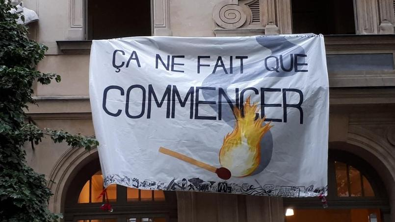 Fin de l'occupation de la prestigieuse école Normale Sup — France