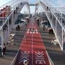 Un pont imaginé comme une immense passerelle d'un bateau.