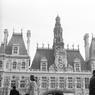 Façade de l'Hôtel de Ville de Paris en novembre 1970.
