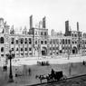 Ruines de l'hôtel de ville de Paris, après l'incendie du 23 mai 1871 pendant la Commune.
