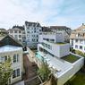 Cette maison sur trois niveaux aura même le luxe de s'offrir une toiture végétalisée.©Brice Pelleschi