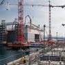 Chaque caisson mesure 27 mètres de haut et pèse 10.000 tonnes.