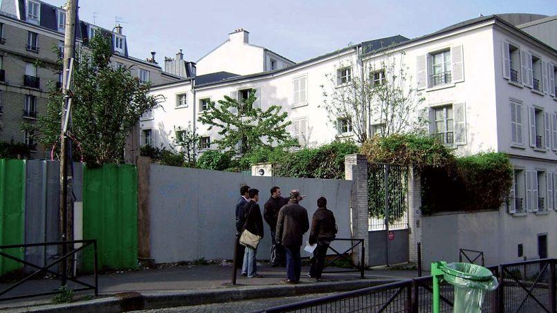 La rue Gasnier dans le XXe arrondissement de Paris où pourrait voir le jour prochainement un immeuble participatif.