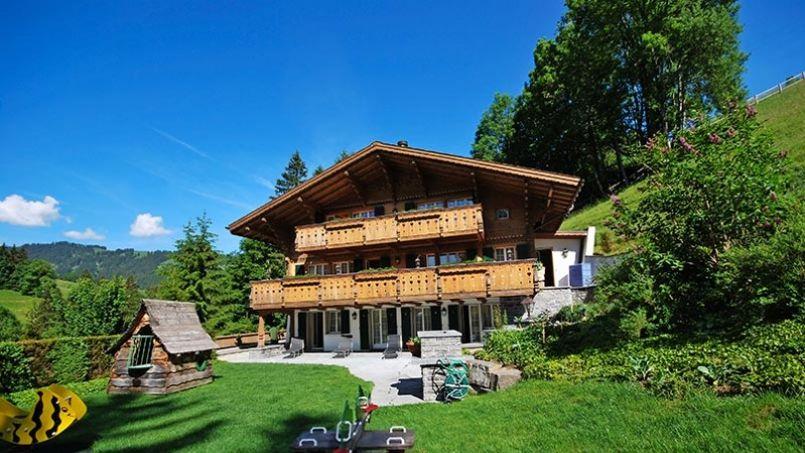 Le chalet de johnny hallyday est vendre pour 9 2 millions d euros - Toutes les maisons de johnny hallyday ...
