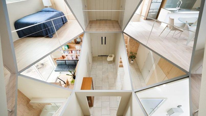 concept une maison l int rieur transparent sans aucune intimit. Black Bedroom Furniture Sets. Home Design Ideas