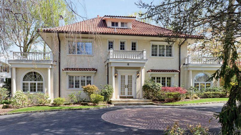 La magnifique maison du p re de gatsby est vendre for Achat maison zelda