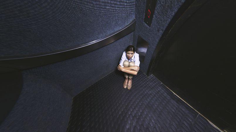 une gr ve condamne 3200 ascenseurs rester en panne. Black Bedroom Furniture Sets. Home Design Ideas