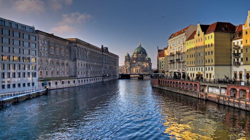 Les notaires vous guident dans votre achat immobilier en europe - Achat immobilier berlin ...