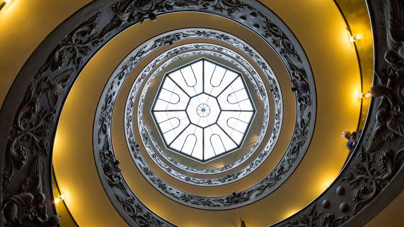 Les escaliers en spirales du Musée du Vatican. Crédit Photo: Wikimedia