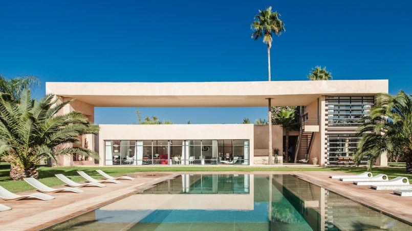 Cette propriété à l'architecture très contemporaine compte 640m² plus une maison d'amis de 240m². Crédits photo: Mehdi Mounir