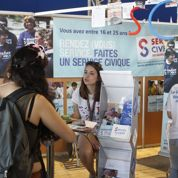 Généralisation du service civique : «pas la priorité» pour les jeunes
