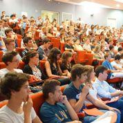 La scolarité d'un étudiant coûte environ 14 000 euros par an à la France