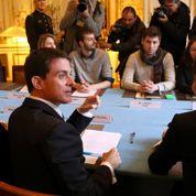Loi travail: ce que propose Manuel Valls pour la jeunesse