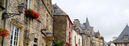 Le village breton de Rochefort-en-Terre consacré par les Français