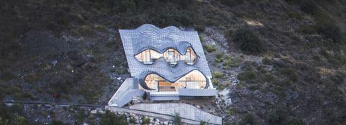 Découvrez cette maison troglodyte ultramoderne
