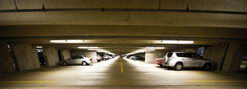 Un parking en ville: combien ça coûte et combien ça rapporte