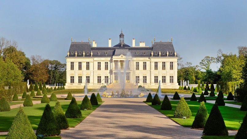 Vendue 275 millions d'euros à Louveciennes dans les Yvelines, voici la demeure privée la plus chère du monde.