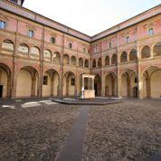 À l'université de Bologne, un professeur incite ses étudiants à copier