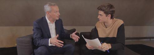 À 19 ans, Hugo interviewe les politiques sur YouTube