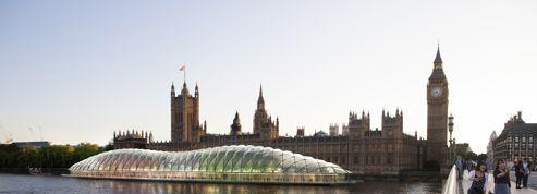 Les parlementaires anglais bientôt relogés sur la Tamise?