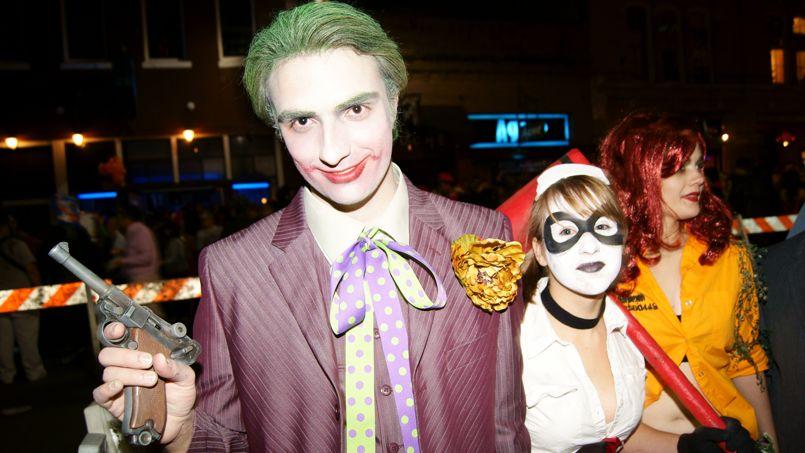 Bien-aimé Halloween: une fac canadienne interdit les déguisements racistes  LM24