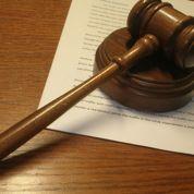 Université: un étudiant obtient son diplôme de master au tribunal