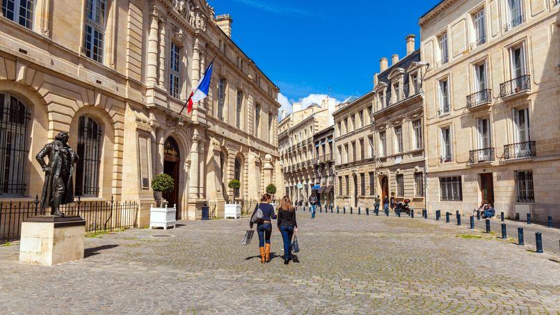 Une place à Bordeaux, France, photo d'illustration.