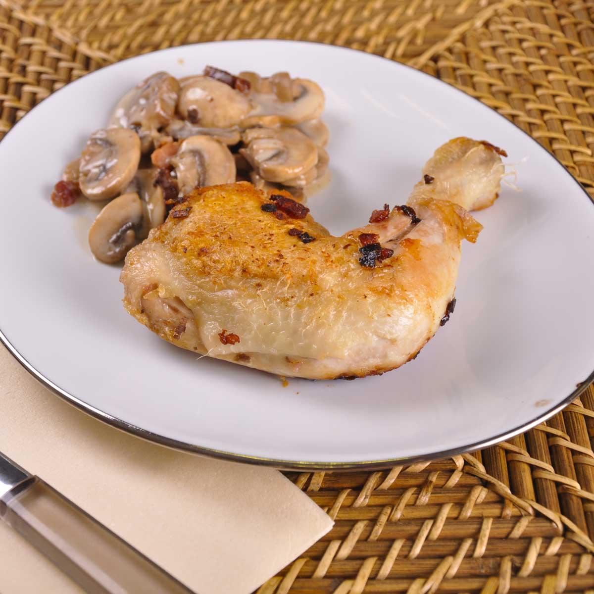 cuisse de dinde la cocotte une recette entre amis cuisine le figaro madame. Black Bedroom Furniture Sets. Home Design Ideas