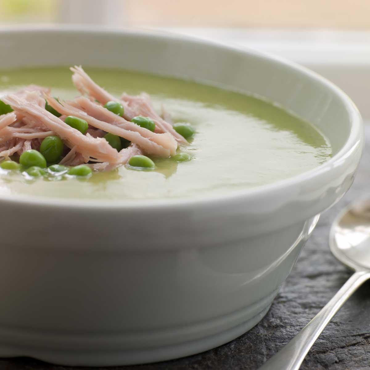 soupe de petits pois une recette soupe cuisine le. Black Bedroom Furniture Sets. Home Design Ideas