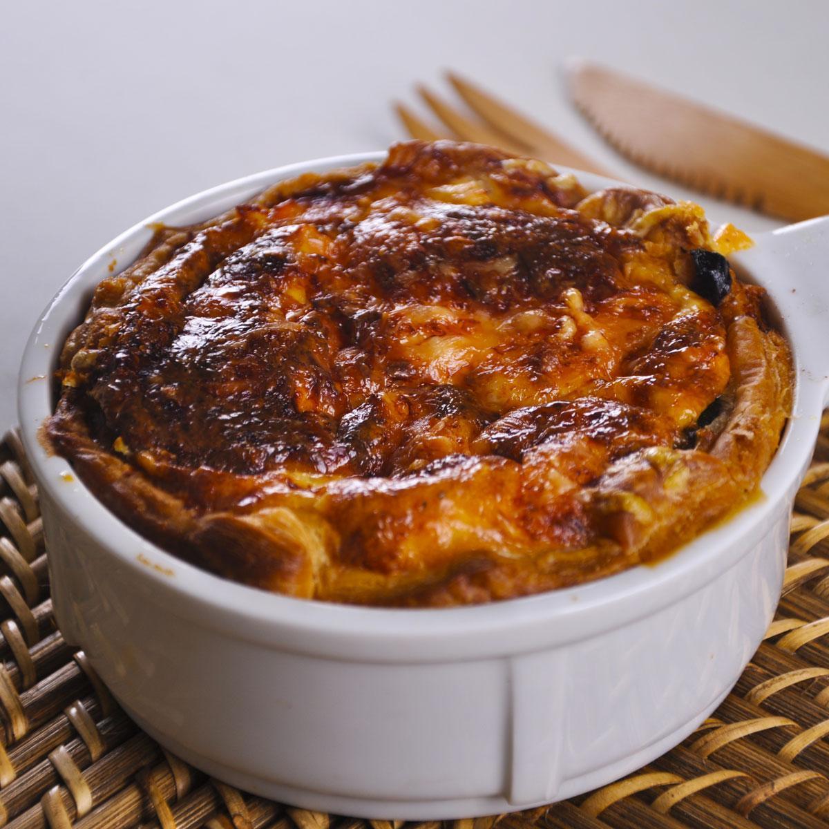 recette tarte aux deux saumons et courgettes cuisine madame figaro. Black Bedroom Furniture Sets. Home Design Ideas