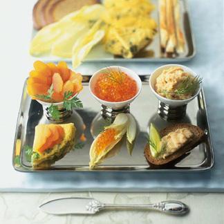 recette amuse bouches aux ufs de saumon mousse de poissons cuisine madame figaro. Black Bedroom Furniture Sets. Home Design Ideas