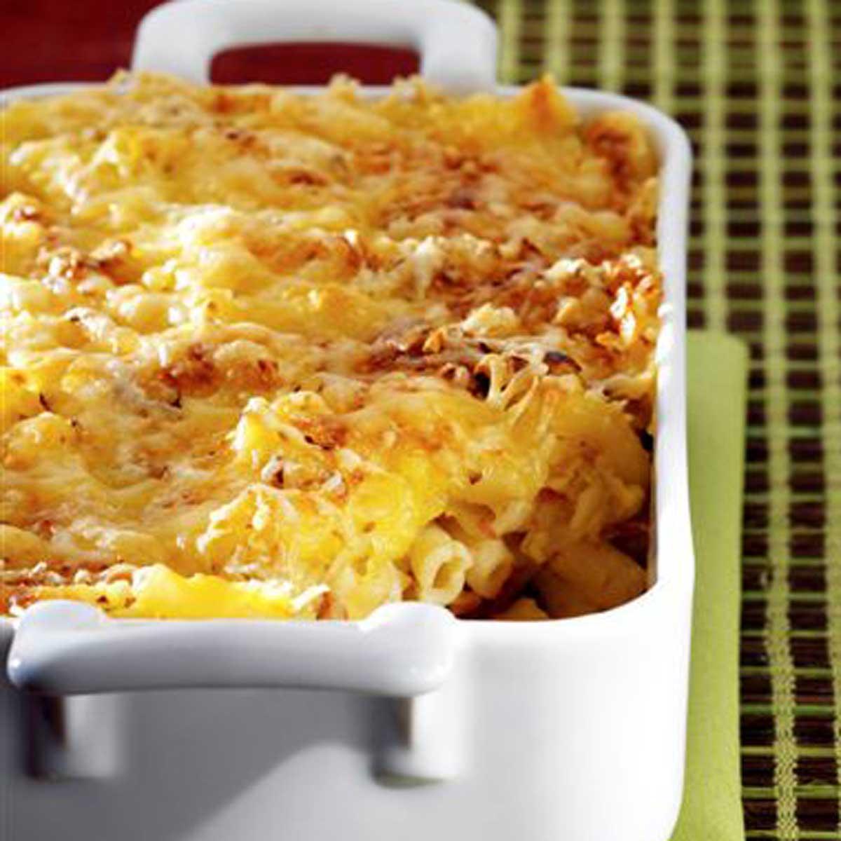 recette gratin de macaronis l 39 emmental et au canard confit cuisine madame figaro. Black Bedroom Furniture Sets. Home Design Ideas