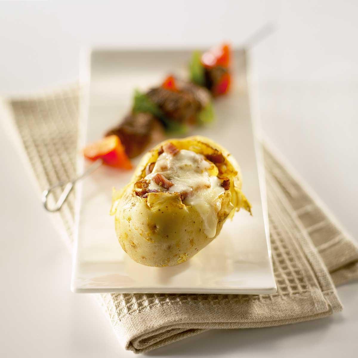 Recette pomme de terre surprise au reblochon cuisine for Rangement pomme de terre cuisine