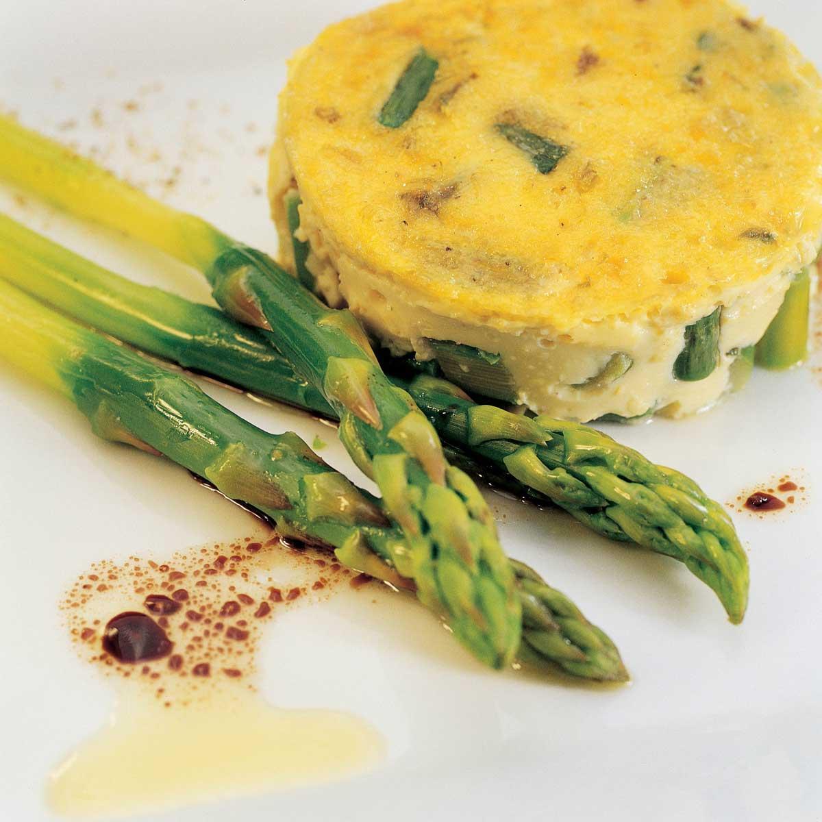 recette flan d 39 asperges vertes cuisine madame figaro. Black Bedroom Furniture Sets. Home Design Ideas