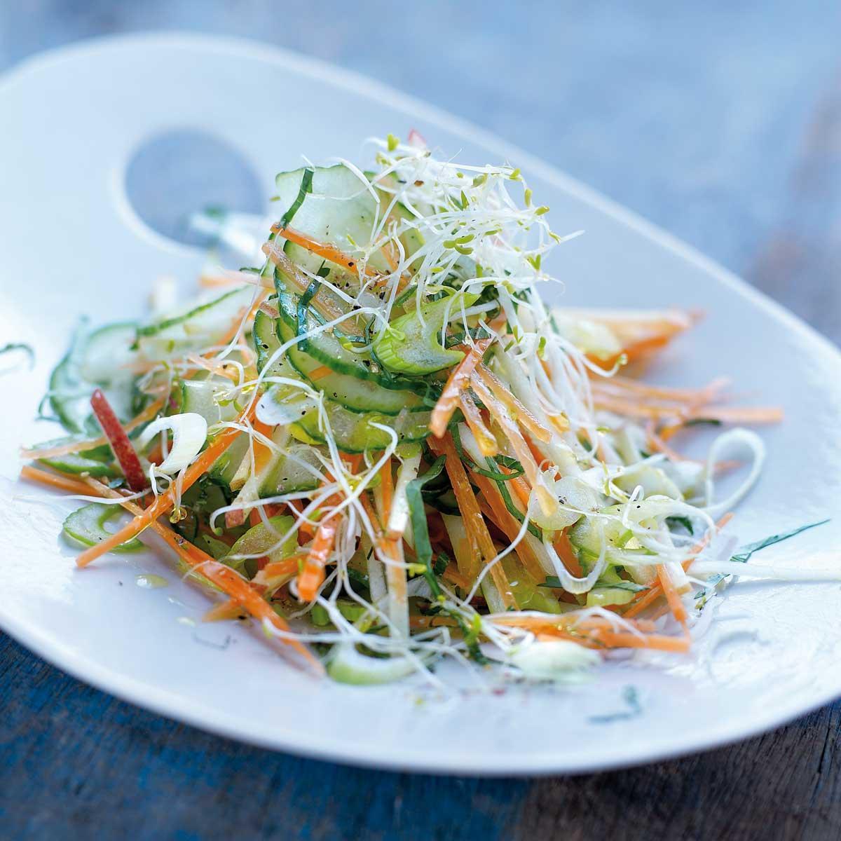 recette salade de concombre l asiatique cuisine madame figaro. Black Bedroom Furniture Sets. Home Design Ideas