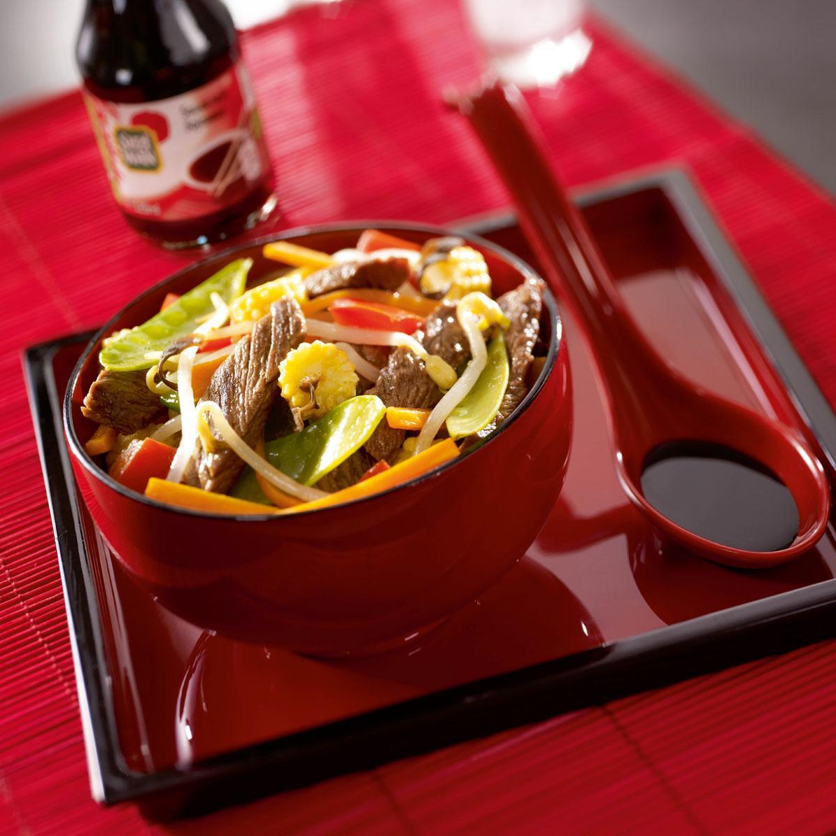 bœuf et l 233 gumes au soja une recette express cuisine le figaro madame