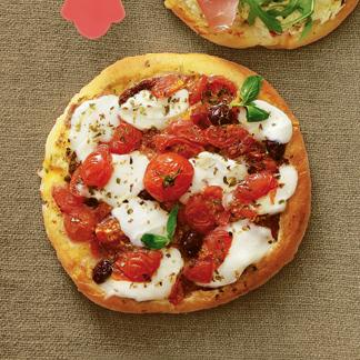 recette ma pizza blanche home made tomates et mozzarella. Black Bedroom Furniture Sets. Home Design Ideas