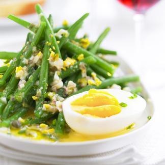 Recette salade de haricots verts, vinaigrette à l'œuf écrasé -...