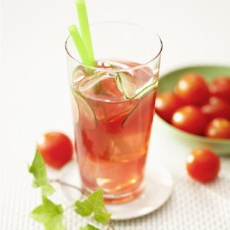 Recette cocktail au jus de tomate et concombre cuisine for Site de cocktail