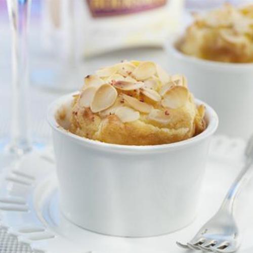 Recette soufflé au fromage et aux amandes - Cuisine / Madame...